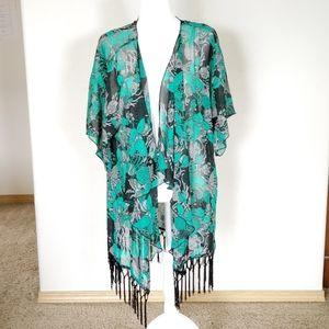 Lularoe fringe kimono